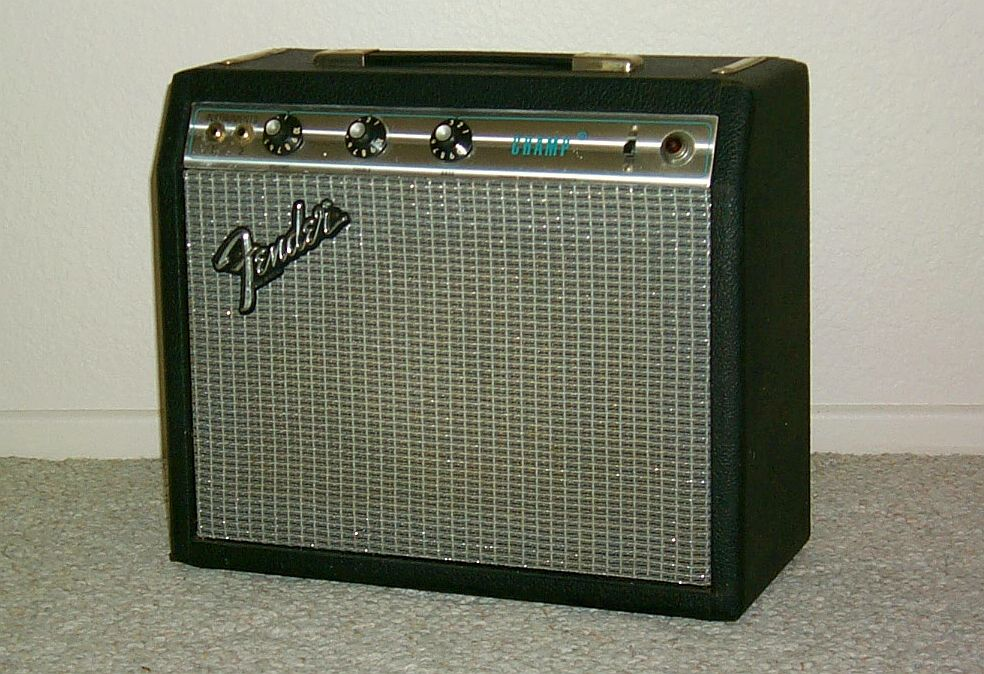 1967 Fender Champ Silver Face.jpg