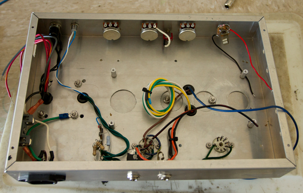 chassis-wiring.jpg