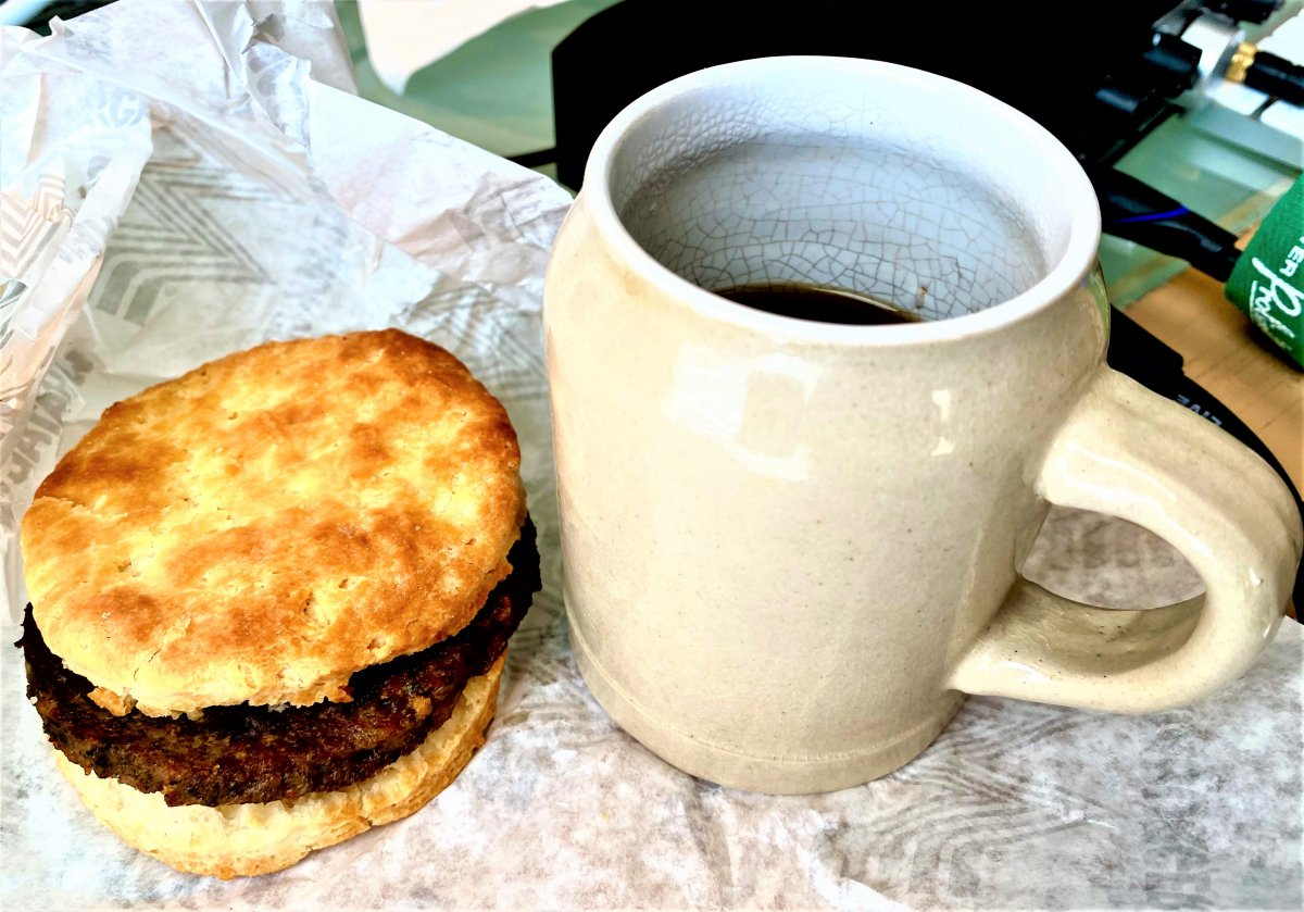 hot coffee and s biscuit.jpg