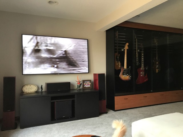 My Guitars Are Mounted In A Display Case With Sliding Glass Doors. In The  Winter The Humidity Drops To Around 20% And Rather Than Humidify The Entire  ...