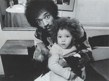 Jimi_with_his_Swedish_son_James_Daniel.jpg