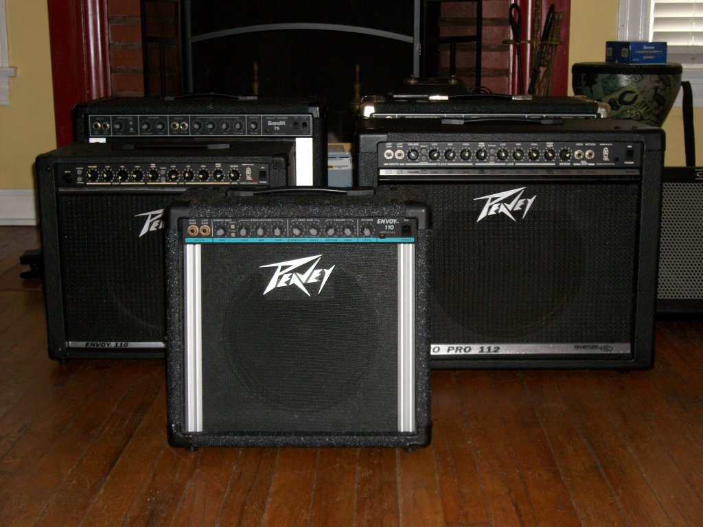 My Peavey amps 2010, before the fire.JPG