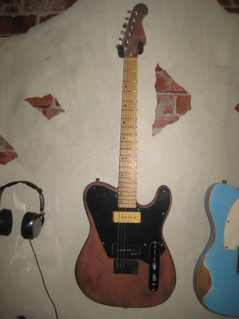 p90 bridge custom pickguard.jpg