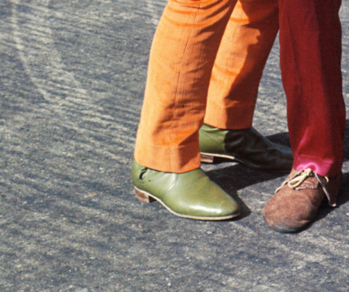 The_Beatles_magical_mystery_tour- boots.jpg