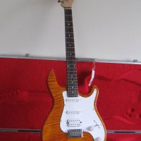 Bill Lawrence(Bill & Becky)Wilde USA Honey Amber Super Flame Top Strat,Made In PA,USA. RARE!