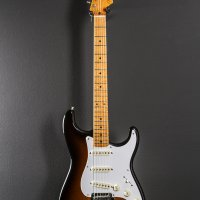 Fender Classic Player 50s Strat. Nitro finish; h/s case included.  FREE SHIP