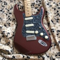 FENDER DELUXE ROADHOUSE STRATOCASTER-COPPER